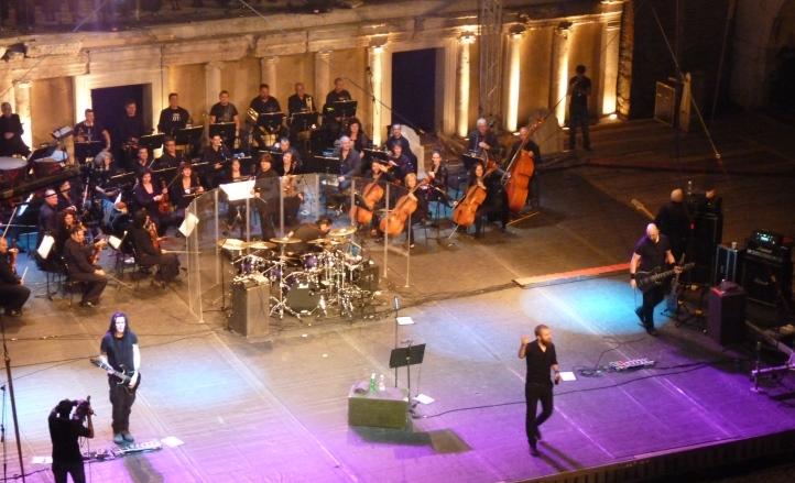 Paradise Lost направиха уникален концерт в Античния театър в Пловдив на 20.09.2014 г. и представиха неиздавана песен от предстоящия си нов албум