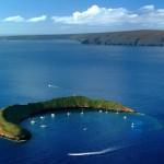 molokini-hawaii-travel